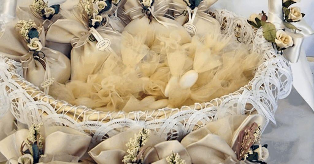 172Idee-bomboniere-matrimonio-alchiardiluna-montediprocida-1024x536