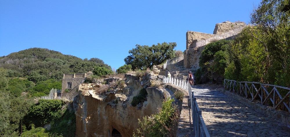 Acropoli di Cuma
